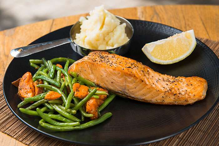 Salmon and baked vegetables
